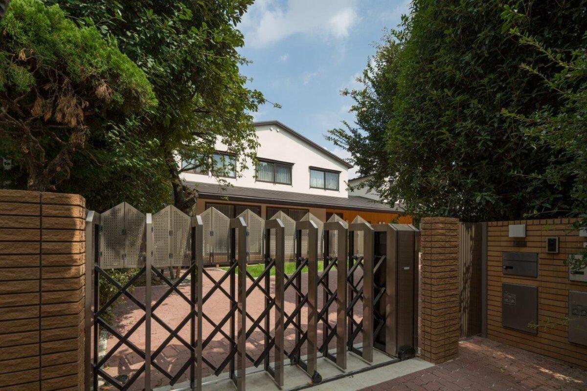 写真:上大崎の家(外観)
