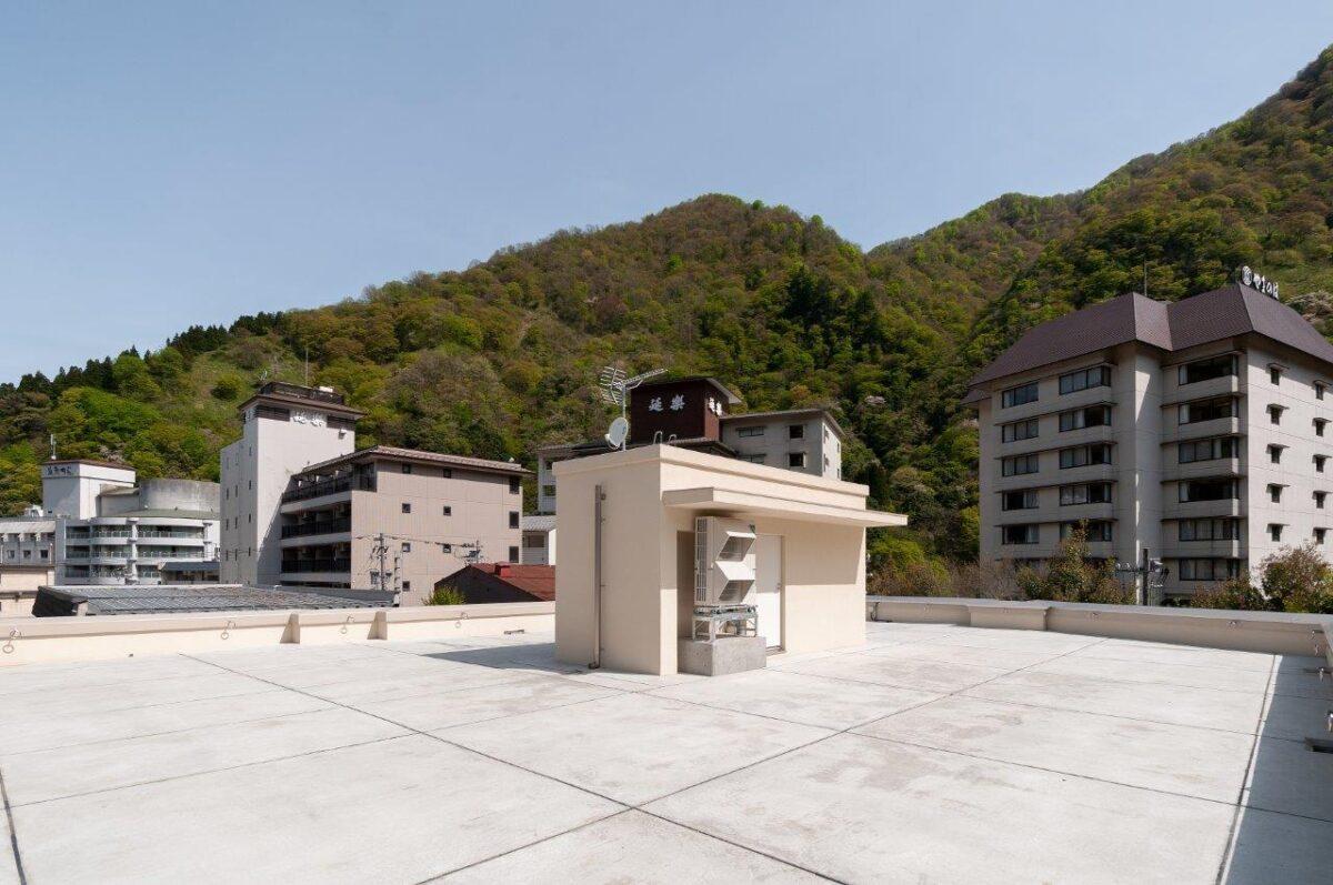 写真:宇奈月温泉やまのは社員寮(外観)