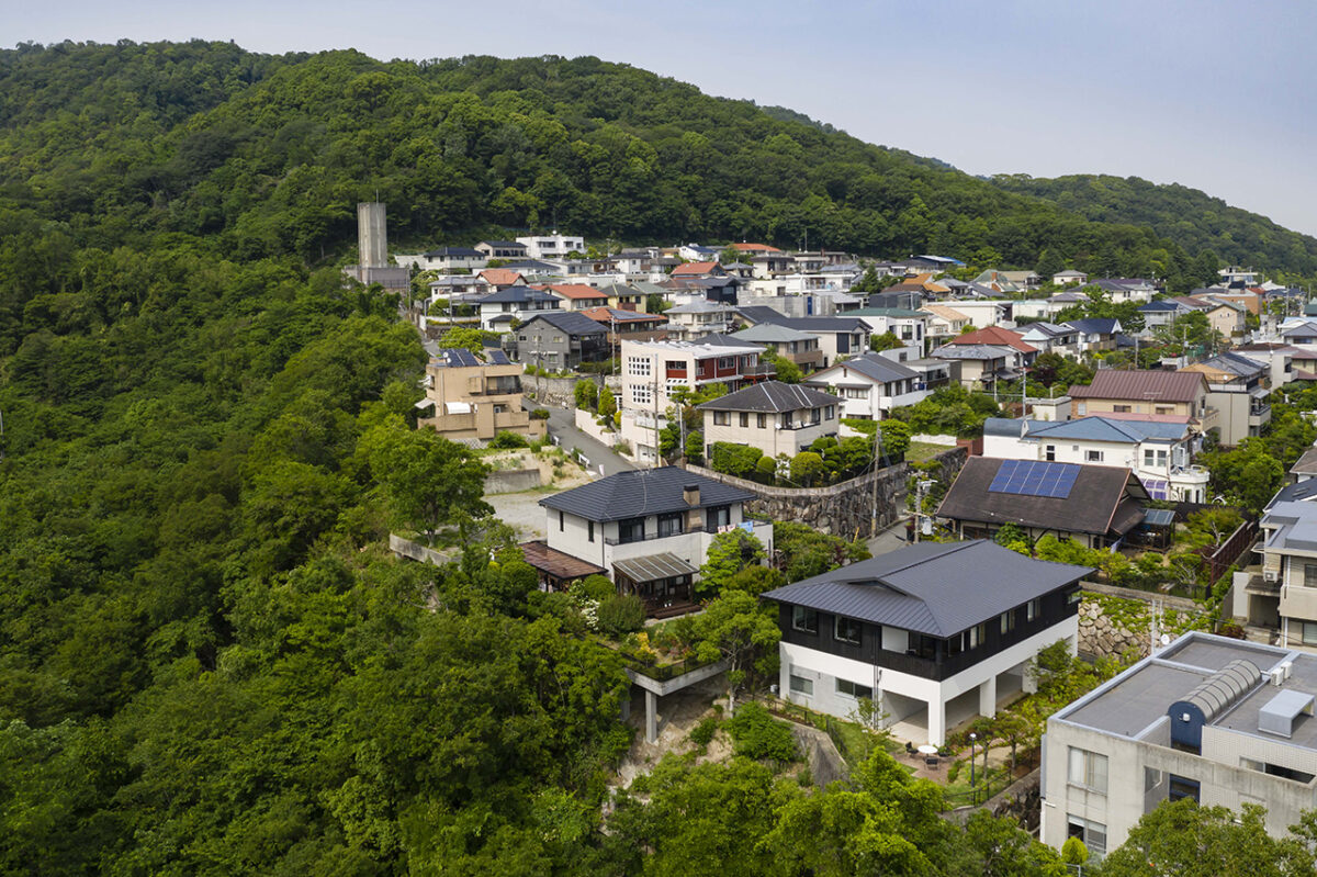 写真:岡本の家 外観