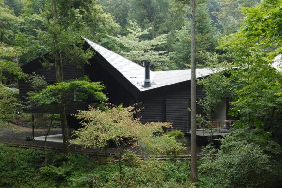 写真:三笠の山荘(外観)