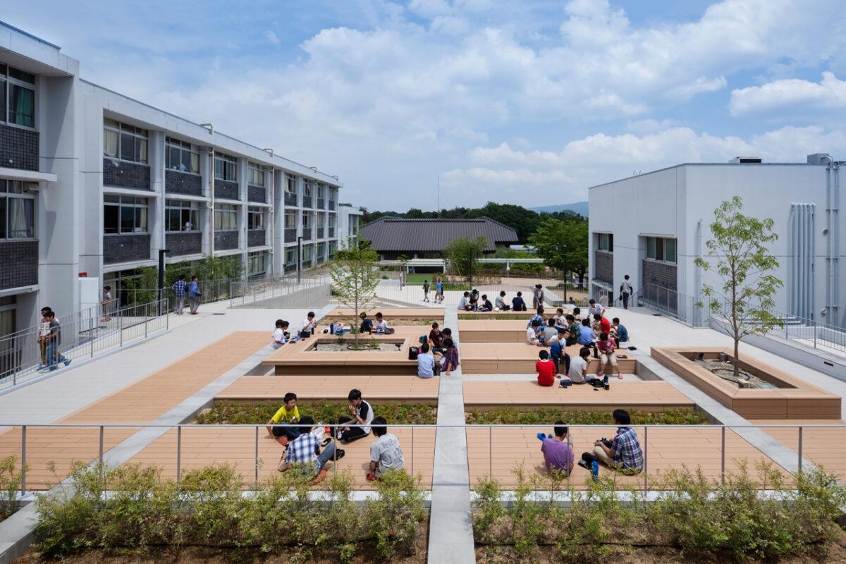 photo:Todaijigakuen Junior and Senior High School: Zakke Hall / Samgati Square